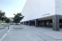 24. Plaza