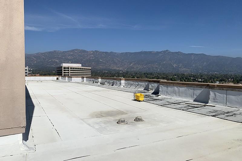 203. Rooftop