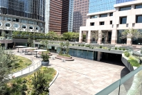 85. Plaza