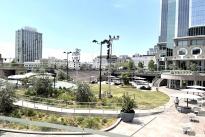 87. Plaza