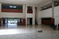 33. Showroom