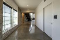 85. Interior