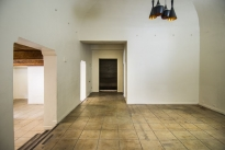 45. Showroom