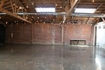 38. Interior 3921