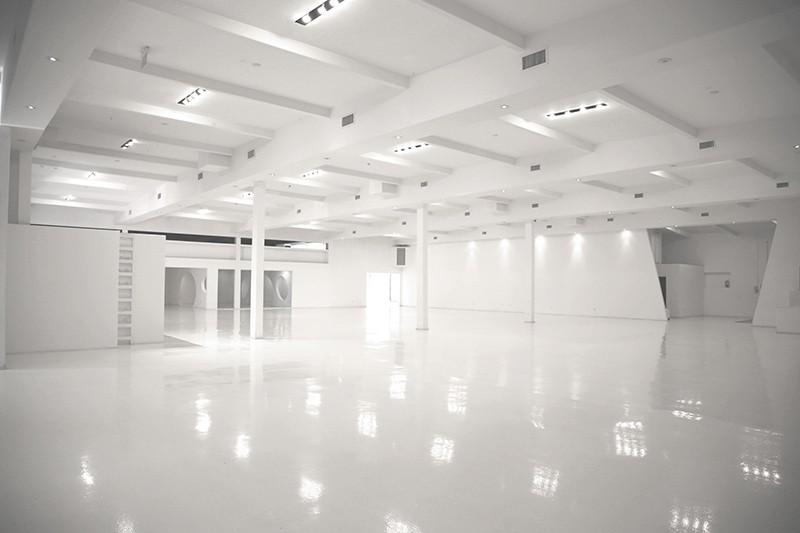 25. Interior