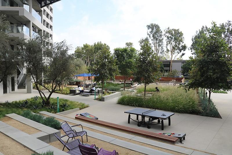 36. Plaza