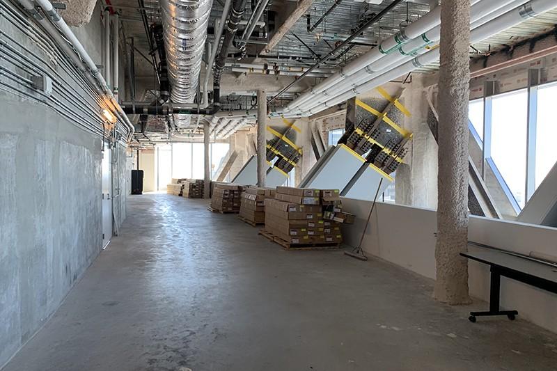 235. Floor 30