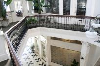 15. Atrium