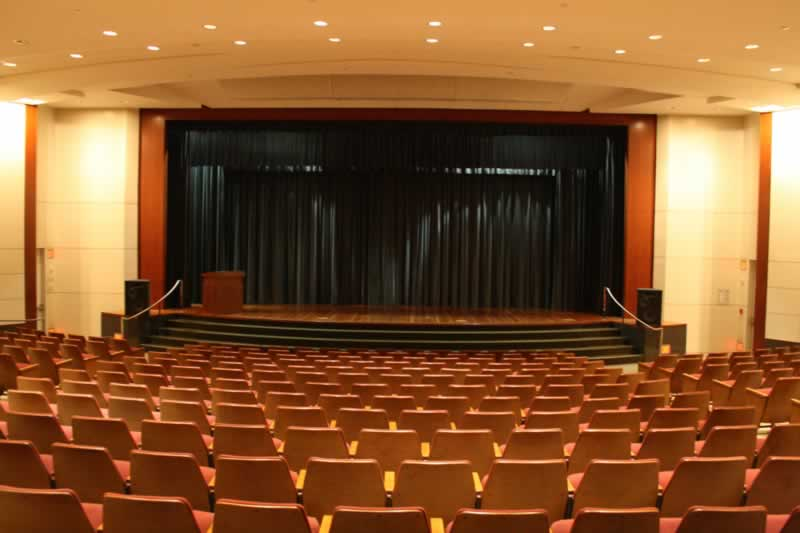 125. Theater