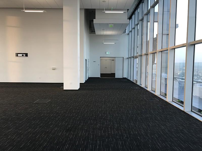 318. Thirtieth Floor North