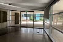 35. Plaza Suite