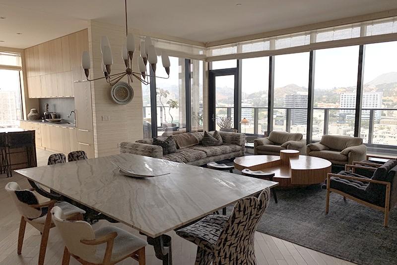 54. Penthouse 1