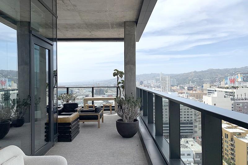 90. Penthouse 1