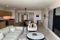 43. Room 1809