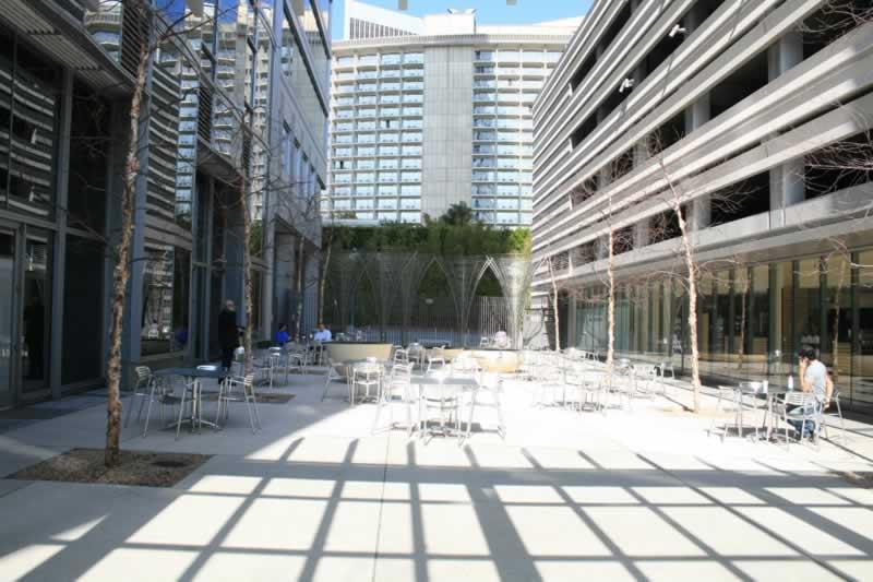 28. Courtyard/Plaza