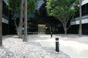 Airport Plaza