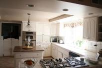 16. Kitchen