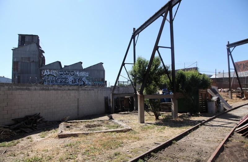 26. W. Rear Yard  & RR Tracks