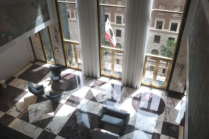 22. Sixth Floor Lobby