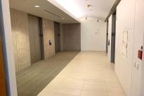 162. Floor 28