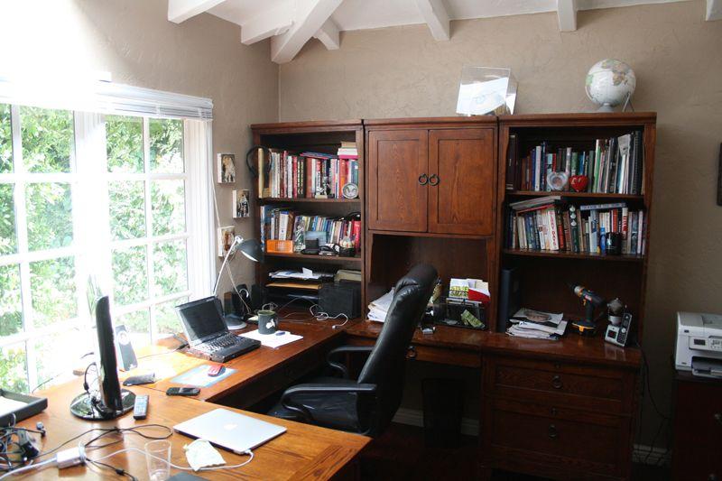 27. Master Bedroom Office