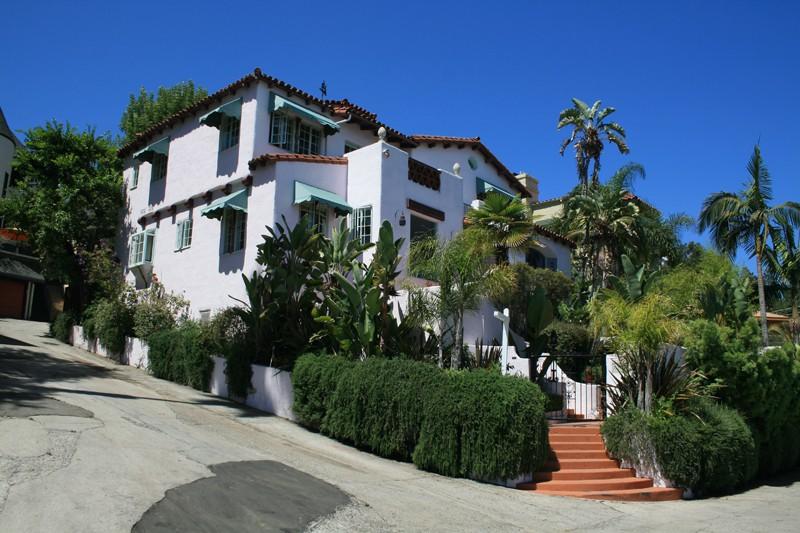 Roxbury Road Residence