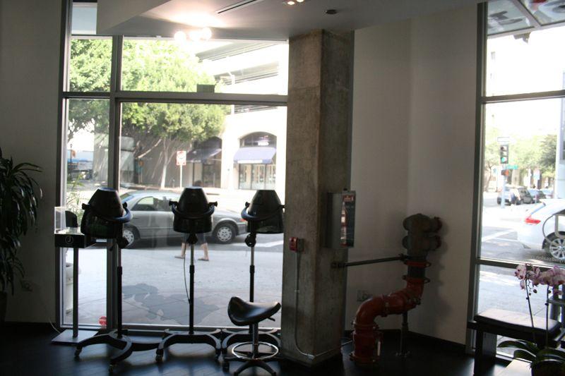 14. Interior Salon
