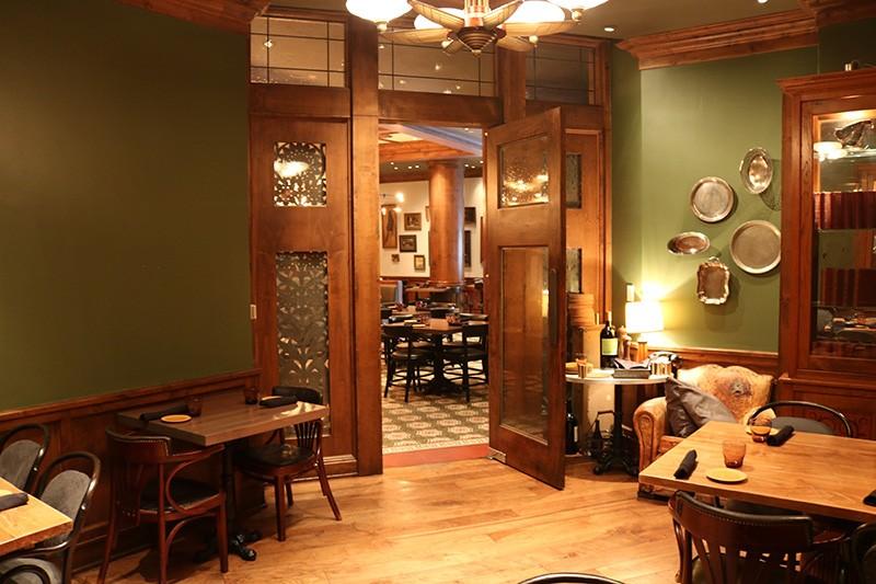 34. Restaurant