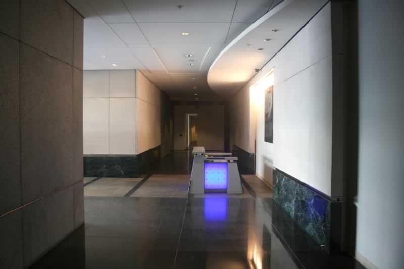 24. Lobby