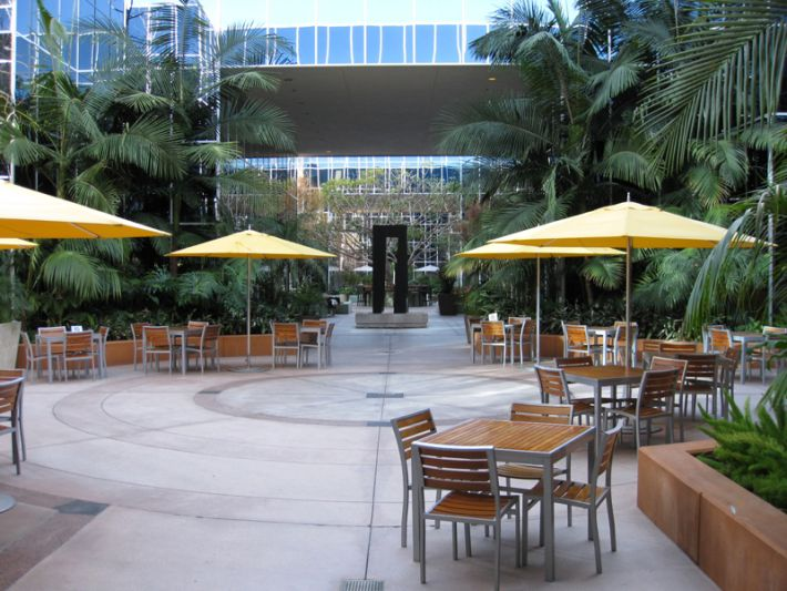 27. Plaza Courtyard