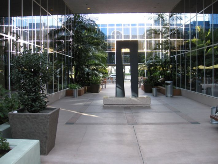 29. Plaza Courtyard