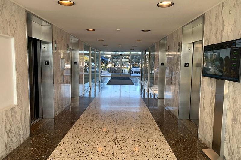 11. Lobby 4640 Bldg