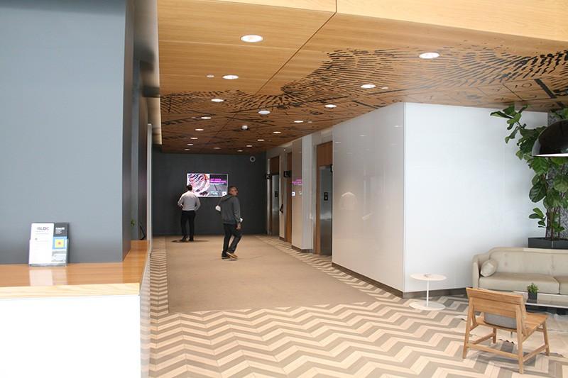 54. Lobby