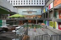 47. Mall