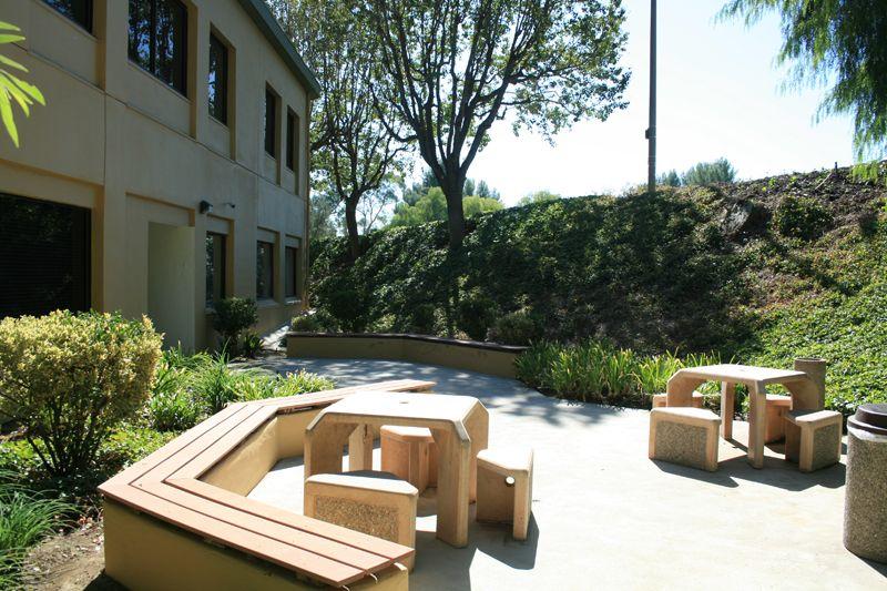 8. Courtyard Plaza