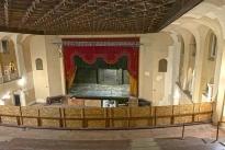 42. Theater Mezzanine